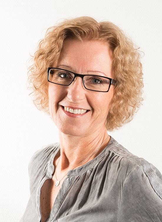 Anita Pedersen : Regnskaps-/adm.sekretær